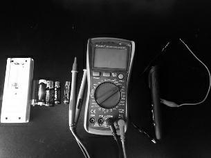 几节旧干电池和新干电池混在一起了,不借助其他工具,你能用一种简单快捷的方式,把它们区分开来吗?本期好奇心就来教教你。
