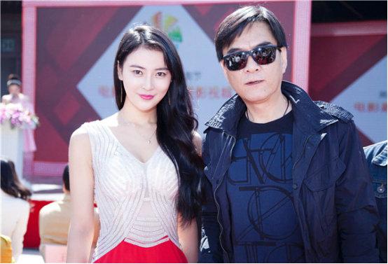 木女丈母娘吴丹_环球小姐吴丹来势胸胸 横扫北京国际电影节
