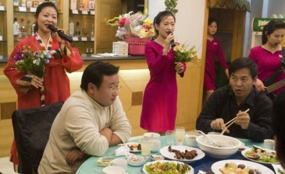 朝鲜在国际各地开了130多家餐馆(材料图)