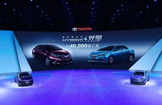 """2016年中国丰田将继续遵循""""年轮经营""""理念,脚踏实地步步向前,在环境与安全领域持续发力,努力为中国消费者提供更好的技术和更好的产品。"""