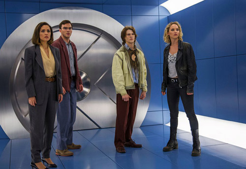 萝丝-拜恩将回归与X教授产生更多火花