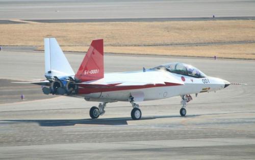 """日本将出租5架教练机供菲提升""""巡逻""""南海能力"""