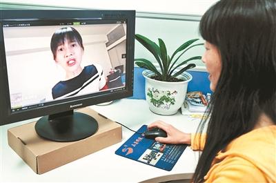 网红粉丝已成为仅次于娱乐明星粉丝的第二大粉丝群体供图/视觉中国