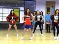 《蜜蜂少女队片花》未播 少女赴韩进行友谊赛 与韩国练习生热辣斗舞