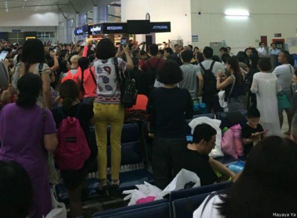中国很多媒体报道了这次冲突,其中有些包括乘客拍摄越南海关人员拿出电击棍的照片。报道称越南海关人员索取贿赂问题由来已久。