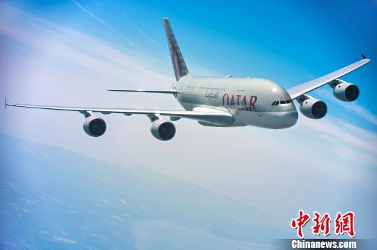 卡塔尔航空成为首个启用A380执飞广州航线的国际航空公司。 资料图 摄