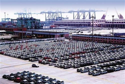 中国汽车流通协会秘书长肖政三表示,得益于市场需求的增加,虽然经销商整体的经营压力仍然存在,但库存指数下降了1个百分点,也说明了经销商通过自身的精细化经营,整个经营状况有所改善。