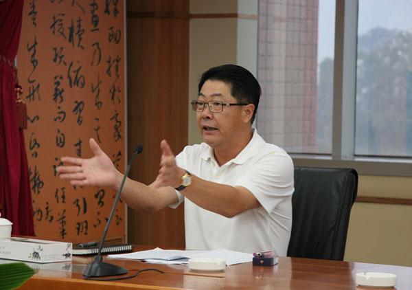 肇庆市委原常委、市政府原常务副市长刘惠祥。