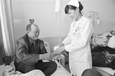 五月动情色五月_德令哈长江医院的白衣天使们为之动情,感恩上苍赋予她们圣洁的职业