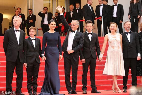 《玛-鲁特》首映,导演布鲁诺-杜蒙,朱丽叶-比诺什等主创亮相