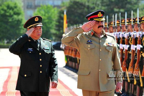 解放军陆军司令员李作成表示,随着中国人民解放军陆军领导机构的