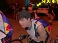 《搜狐视频综艺饭片花》张艺兴骑车意外卡到下体 极限二傻合体魔性献唱