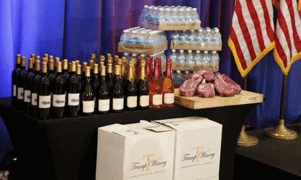 特朗普产品包括特朗普牛排、特朗普香槟、特朗普水 来源:《卫报》