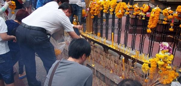 中国人游泰国喜欢去寺庙拜佛(图片来源于网络)