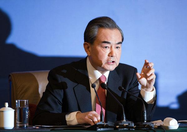 中国女外交部部长_加拿大女记者向中国发难 王毅连珠炮反问怒斥(3)-搜狐军事频道