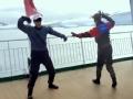 《花样姐姐第二季片花》第十三期 晨曦CP甲板上演京剧表演 金晨劈叉上天了