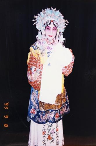 材料图:梅葆玖老师表演《贵妃醉酒》中的杨玉环。梅玮供图