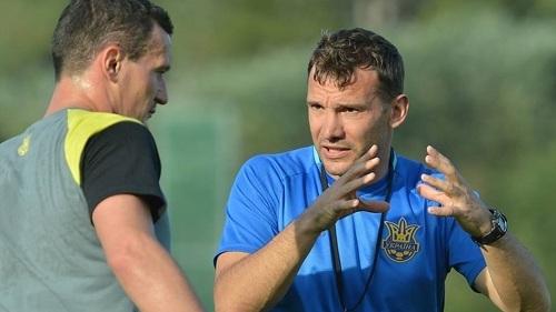 退役后成为乌克兰国家队助理教练的舍瓦
