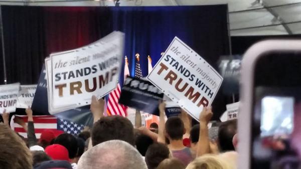 特朗普在圣何塞举行集会,圣何塞的西裔人口占到三分之一。