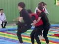《挑战者联盟第二季片花》第二期 范冰冰背后甜抱李晨 李晨遭公主抱受惊
