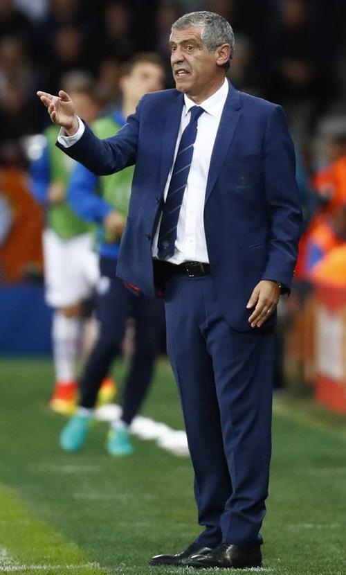 葡萄牙主帅桑托斯表示接下来的两场小组赛会有出色发挥。