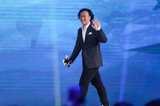 陈奕迅助阵电影《大鱼海棠》发布会温暖献声主题曲