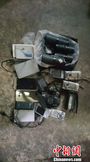 收缴的部分赃物 图片由衡水市公安局提供 摄