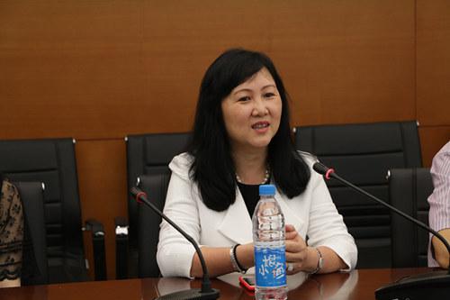 香港姑苏经济科技文化协会会长王秀华女士图片