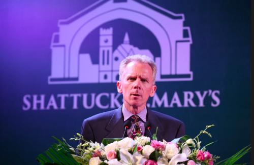美国沙特克圣玛丽学校主席Nicholas Stoneman