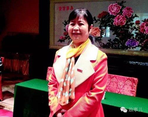 """谈起自己的从商之路,毛小青2012年接受媒体专访时说,""""开饭店,真的是靠我自己。"""""""
