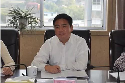 网曝湖南高院引导屡次下班时间与不合男子开房