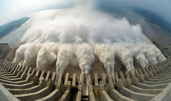 依据水情预告,三峡入库流量将于2016年6月20日20时到达30000立方米每秒,21日8时到达35000立方米每秒。 视觉国家 材料