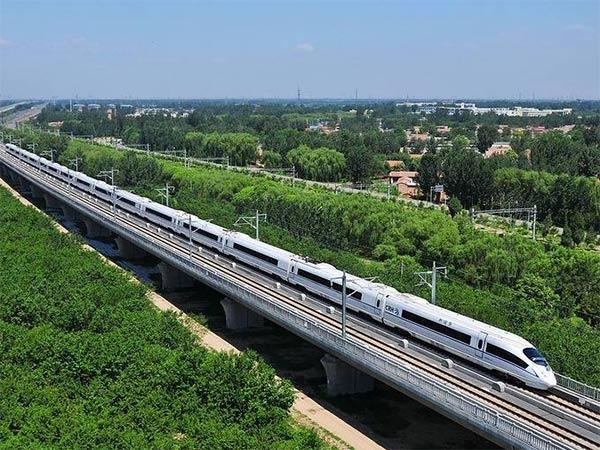 海南高铁:世界唯一热带地区高铁线路