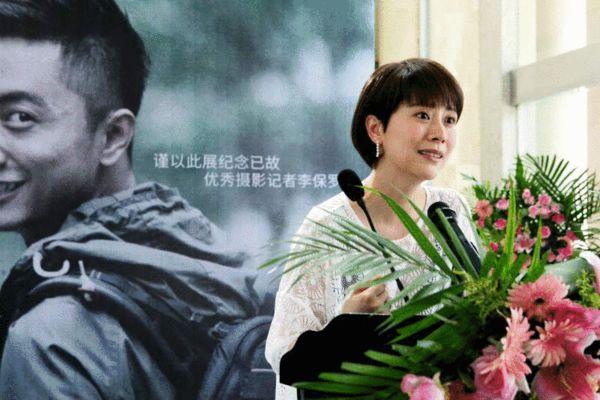 海清《女强》收官 社长回归家庭引争议