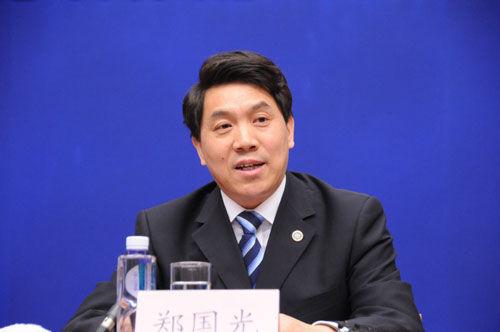 中国气象局局长郑国光要求进一步增强紧迫感责任感扎实做好汛期服务。