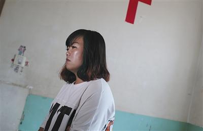 一宁的母亲果文婷,指望丈夫可以回去和本人一同做配型救女儿。