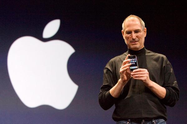 苹果公司创始人史蒂夫・乔布斯(Steve Jobs)。 东方IC 资料图