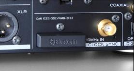 NT-503 也将升频应用到所有传入的数字音频信号中,根据一个流利算法,可以处理比传统升频方法更为自然的内插点。所有传入的数字音频信号可以转换成 12.2MHz 或 384kHz PCM 格式 (最大值取决于原始数字音频数据。) 透過到官方網站下載的TEAC Audio Player播放軟體, 便可進行。