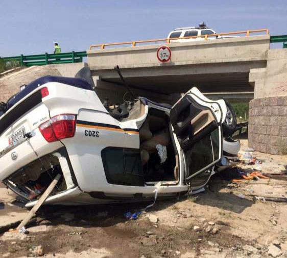 """7月6日,一辆车牌号为""""蒙G0000警""""的""""丰田""""牌警车发生事故,"""