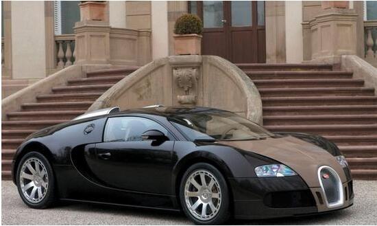 近日他购买了一辆价值170万英镑的布加迪威龙奖赏自己.