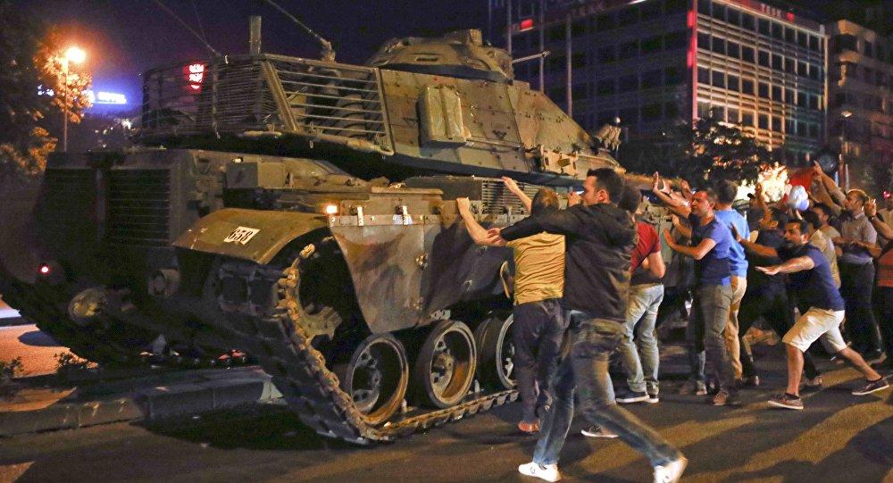 对M60巴顿大幅改装升级而成的主战坦克.萨布拉坦克被选为土耳其陆...