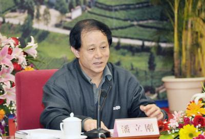 中组部副部长潘立刚任全国政协机关党组副书记
