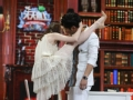 《搜狐视频综艺饭片花》蒋梦婕解锁新技能腿咚撩人 晓明胜利踩高跟跳舞