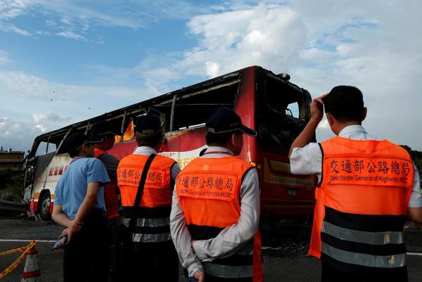 2016年7月19日,桃园,台湾19日发作一同旅游车起火事变,形成26人遭灾。 视觉国家图