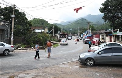 2016年7月21日,房山区北车营村,暴雨退去,街道很快恢复干爽。
