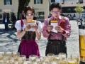 《极速前进中国版第三季片花》第二期 郭晶晶艰难搬啤酒 金星汉斯回德国变装跳民族舞