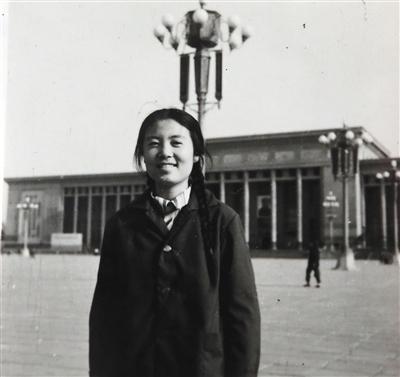 年轻时的高志宏。新京报记者 李强 翻拍