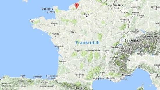 圣艾蒂安-迪鲁夫赖(Saint-?tienne-du-Rouvray)位于法国北部