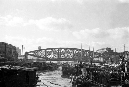 20世纪30年代的上海苏州河。 东方IC资料图