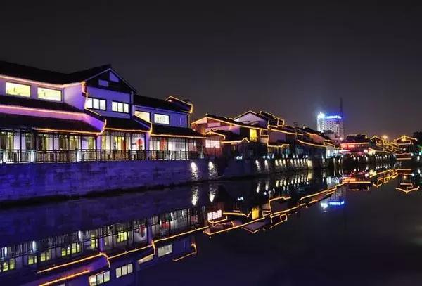 杭州:城市生产总值(GDP)2214.66亿,GDP增速10.3%,GDP增速排名5位,杭州作为一个休闲旅游好去处,生活节奏也不快。